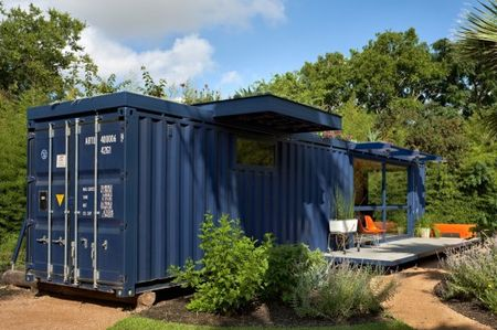 Container-guest-house-credit-chris-cooperII