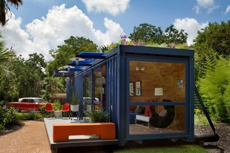 Container-guest-house-credit-chris-cooperIII