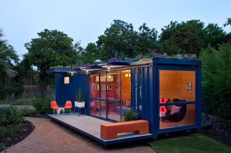 Container-guest-house-credit-chris-cooperI
