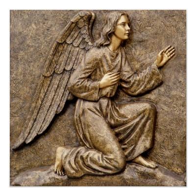 Kneeling_angel