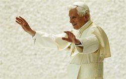 PopeBenedictXVIInPersonaChristi