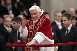PopeBenedictToResign
