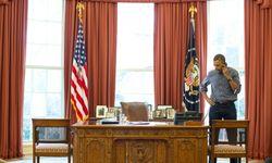 ObamaInJeansCallingPutin